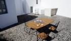 Houe BEAM Tisch 180 x 95 cm | Houe PAON Armlehnstuhl | Houe PAON 2-Sitzer Bank