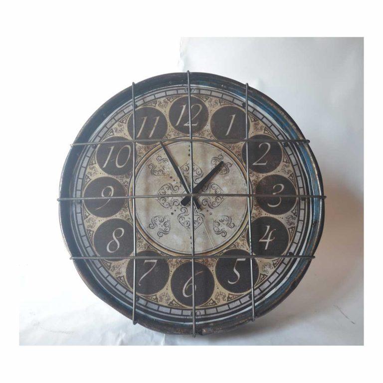 Metal-Clock-1
