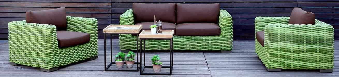 Gartenmöbel, Gartentische, Gartenstühle, Armlehnstühle, Barhocker, Schaukelstühle